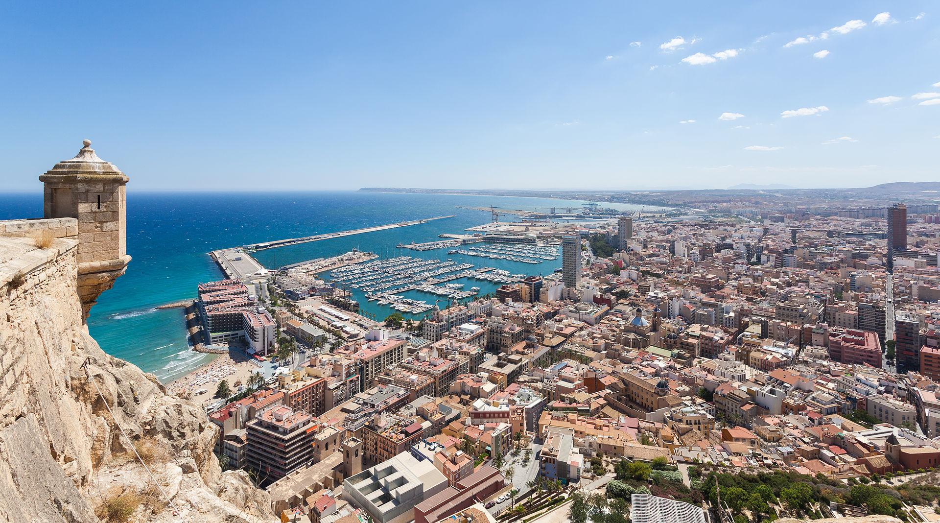 Kiinteistökauppa nyt vilkkainta Alicantessa ja Málagassa